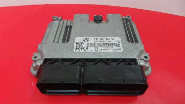 Centralina do Motor | ECU VOLKSWAGEN JETTA III (1K2) | 04 - 13