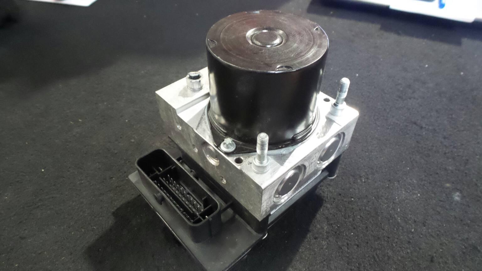 Modulo do ABS SEAT IBIZA IV (6J5, 6P1) | 08 - 17
