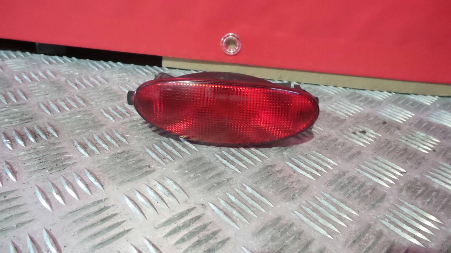 Farolim para choques esquerdo PEUGEOT 206 Hatchback (2A/C) | 98 - 12