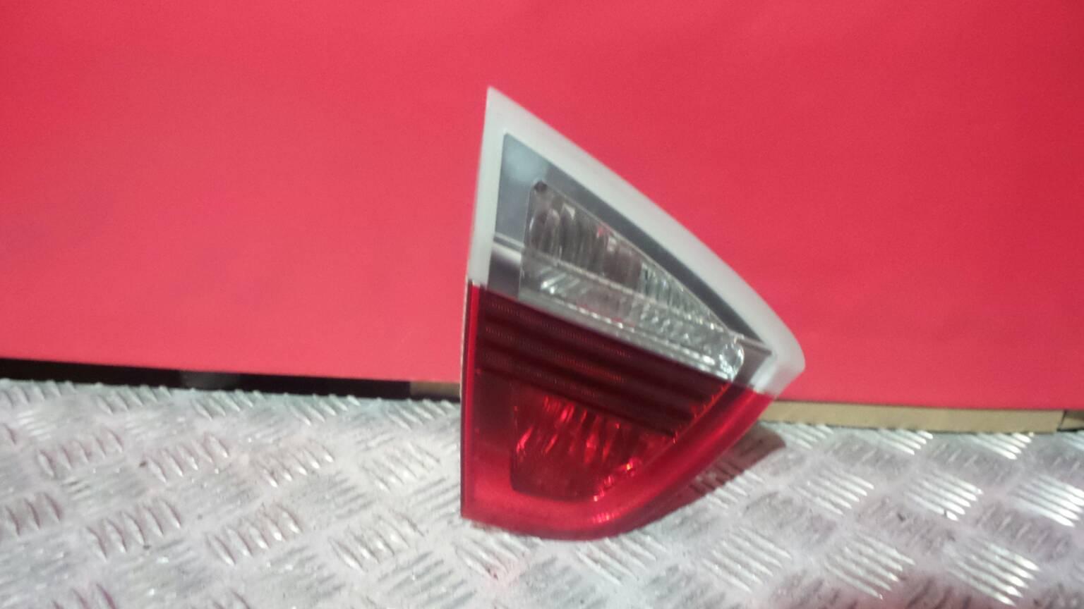 Farolim da mala esquerdo BMW 3 (E90) | 04 - 12