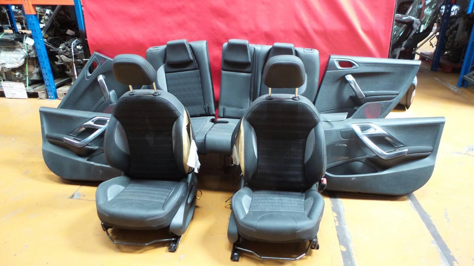 Conjunto de bancos / Sem Airbags PEUGEOT 2008 I (CU_) | 13 -