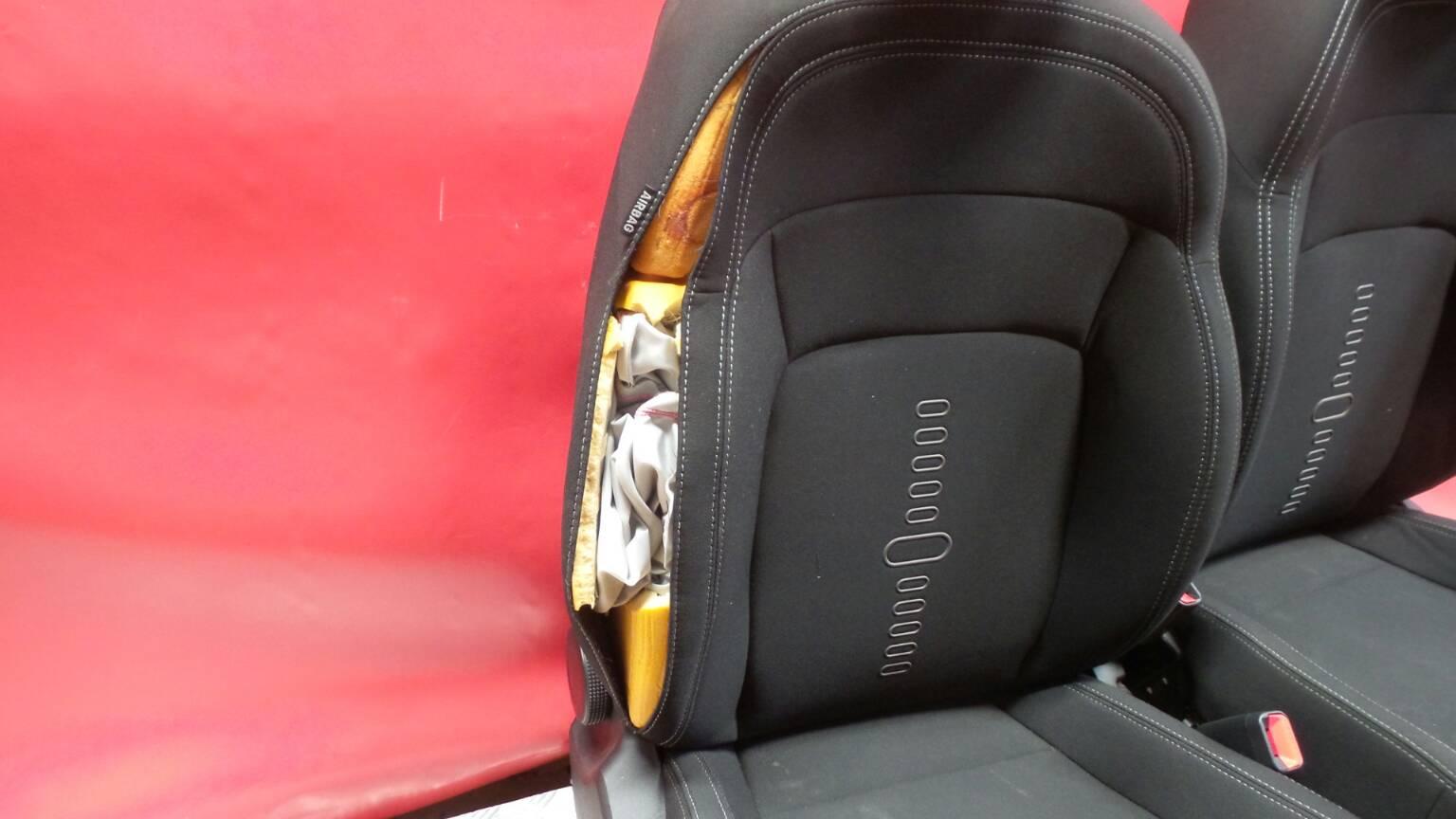 Conjunto de bancos / Sem Airbags KIA SPORTAGE (SL) | 09 -