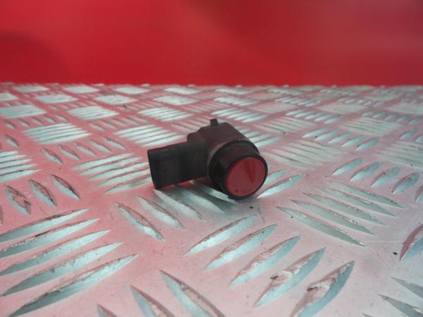 Sensor de Estacionamento Frt FORD FOCUS III três volumes | 10 -