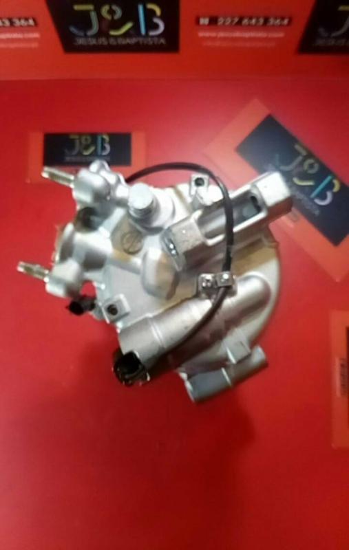 Compressor do Ar Condicionado VOLVO V40 Hatchback (525, 526) | 12 -
