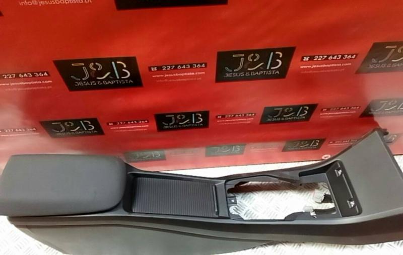 Consola Central VOLVO V40 Hatchback (525, 526)   12 -