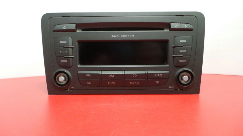 Auto-rádio (CD) AUDI A3 (8P1) | 03 - 13