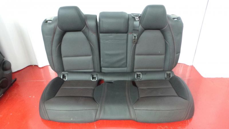 Conjunto de bancos / Sem Airbags MERCEDES-BENZ GLA-CLASS (X156) | 13 -