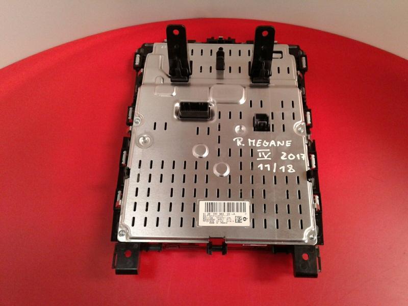 Display do Radio RENAULT MEGANE IV Hatchback (B9A/M/N_)   15 -