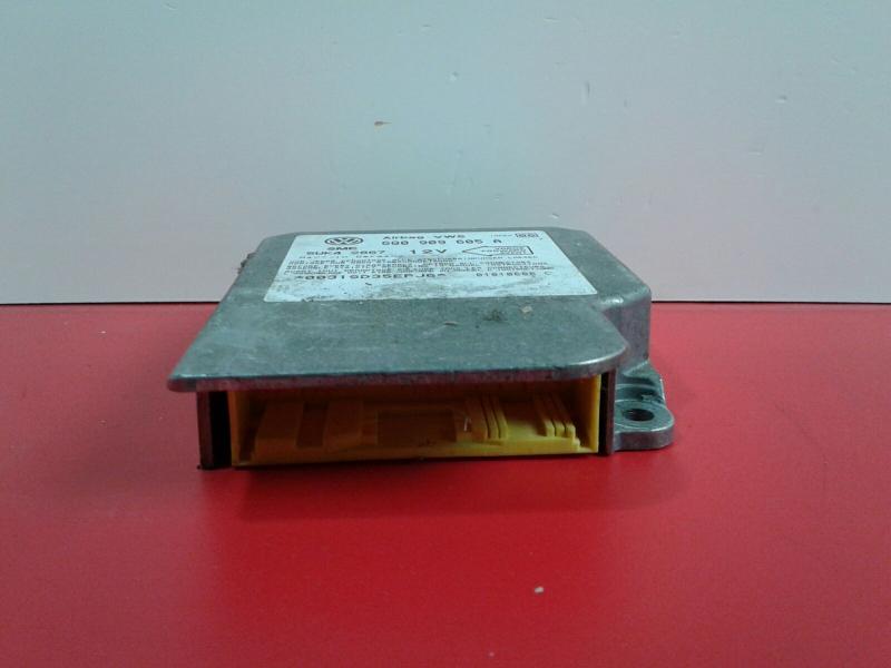 Centralina do Airbag VOLKSWAGEN GOLF IV (1J1)   97 - 07