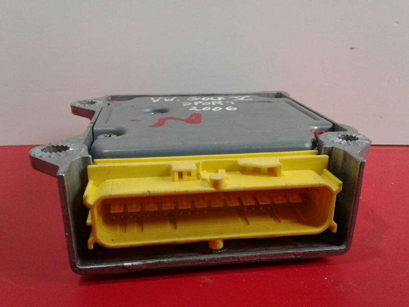Centralina do Airbag VOLKSWAGEN GOLF V (1K1)   03 - 09