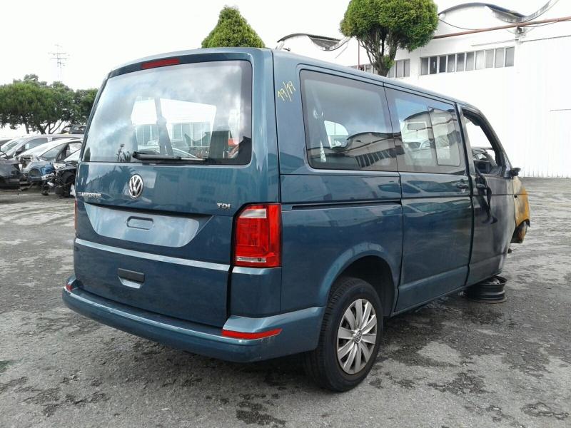 Carroçaria para Peças VOLKSWAGEN TRANSPORTER / CARAVELLE VI Autocarro (SGB, SGG, SGJ, SGC | 15 -