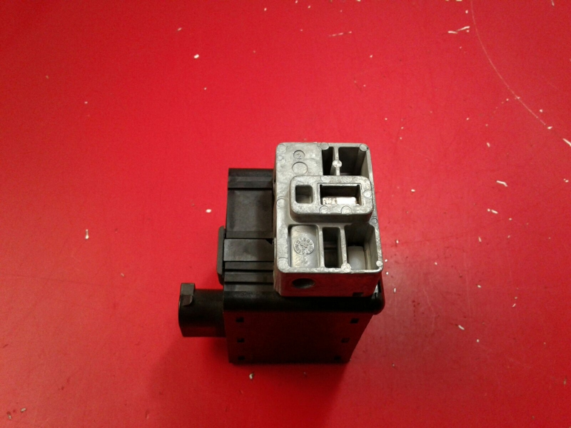 Interruptor / Botoes PEUGEOT 5008 (0U_, 0E_)   09 - 17