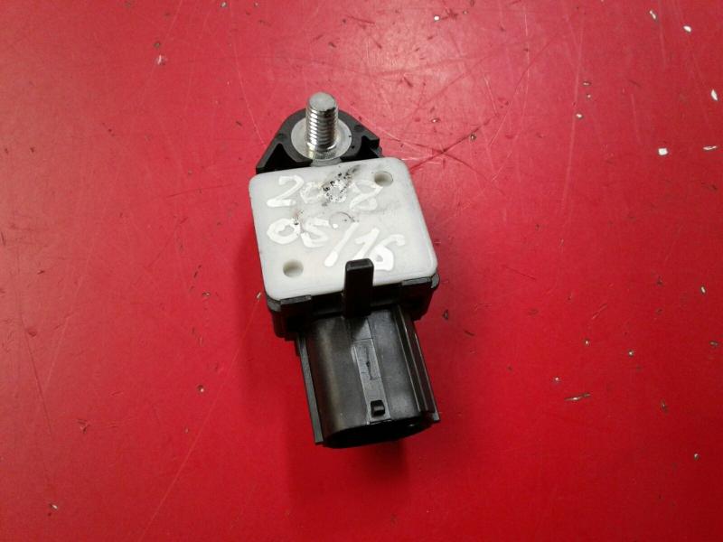 Sensor de Impacto PEUGEOT 107 (PM_, PN_)   05 - 14