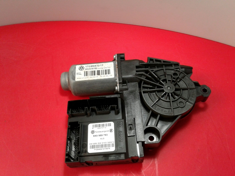 Motor Elevador Frente Esquerdo VOLKSWAGEN CADDY III Caixa (2KA, 2KH, 2CA, 2CH)   04 - 15