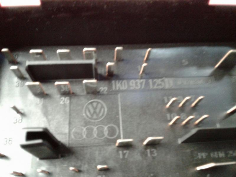 Caixa Fusiveis   SAM   Module VOLKSWAGEN CADDY III Caixa (2KA, 2KH, 2CA, 2CH)   04 - 15
