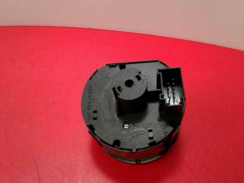 Interruptor Luzes VOLKSWAGEN CADDY III Caixa (2KA, 2KH, 2CA, 2CH) | 04 - 15