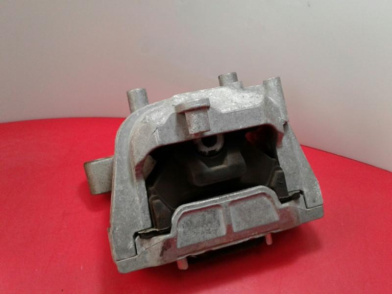 Apoio de Motor VOLKSWAGEN CADDY III Caixa (2KA, 2KH, 2CA, 2CH)   04 - 15