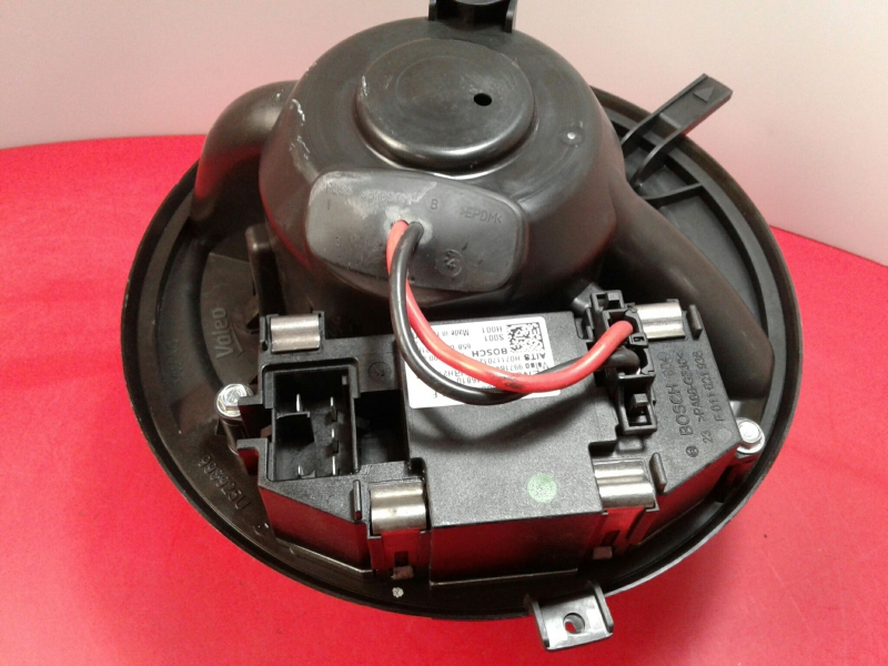 Motor da Sofagem VOLKSWAGEN CADDY III Caixa (2KA, 2KH, 2CA, 2CH)   04 - 15