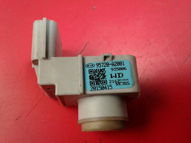 Sensor de Estacionamento Trs KIA CEED (JD)   12 -