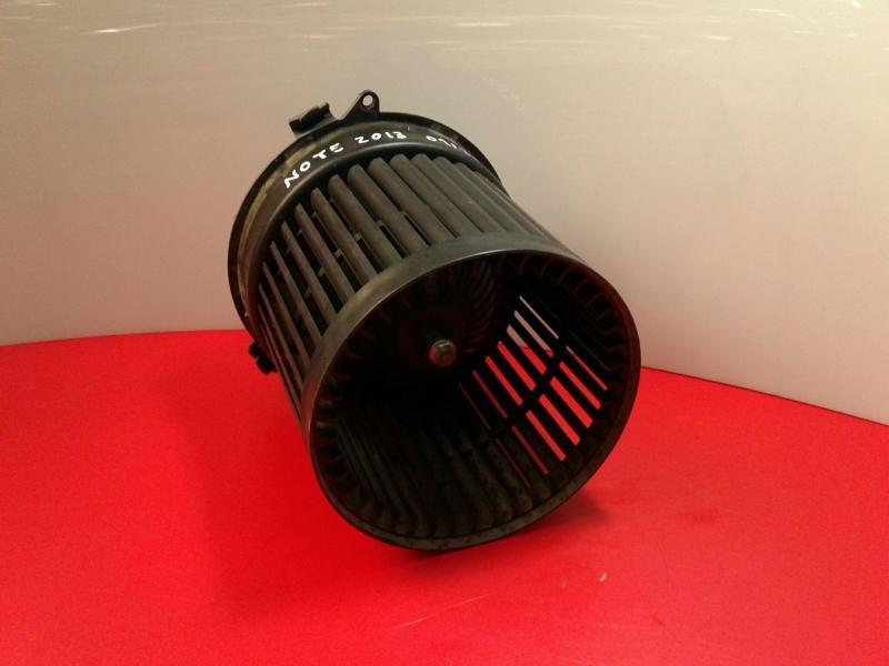 Motor da Sofagem NISSAN NOTE (E12)   12 -