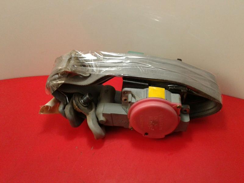 Pretensor Cinto Frente Esquerdo MITSUBISHI CANTER Camião de plataforma/chassis (FB_, FE_, FG_) | 01 -