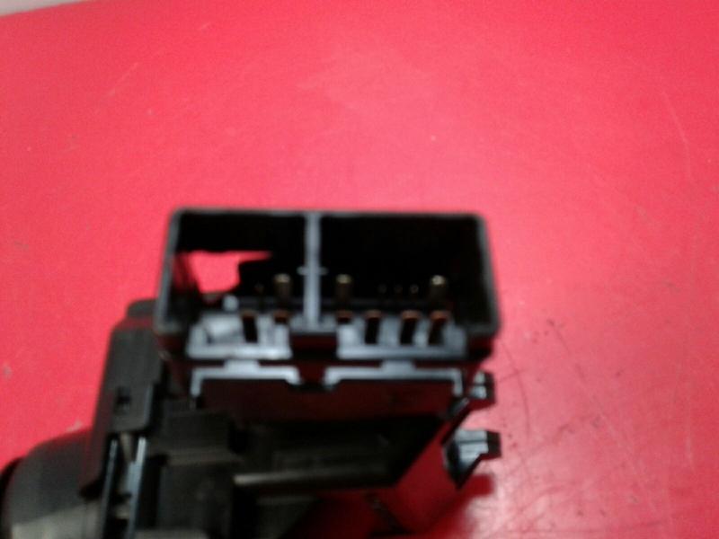 Interruptor Limpa Vidros TOYOTA AURIS (_E15_) | 06 - 12
