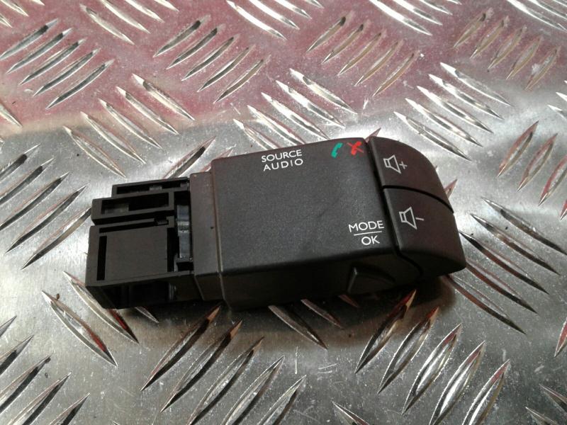 Interruptor / Botoes RENAULT CLIO IV (BH_)   12 -