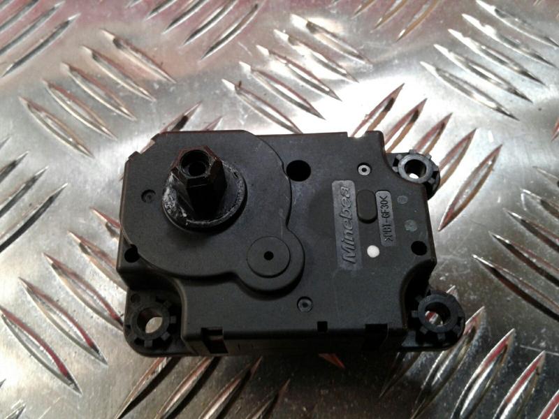 Atuador da Comporta de Ar RENAULT CLIO IV (BH_) | 12 -
