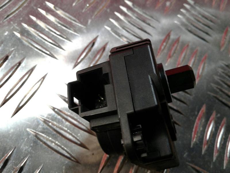Atuador da Comporta de Ar RENAULT CLIO IV (BH_)   12 -