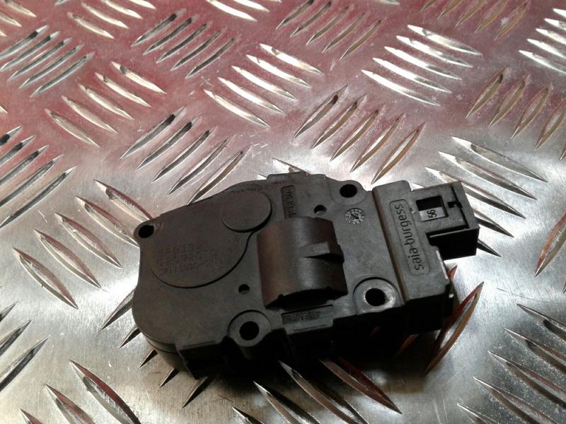 Atuador da Comporta de Ar BMW 3 (E90)   04 - 12