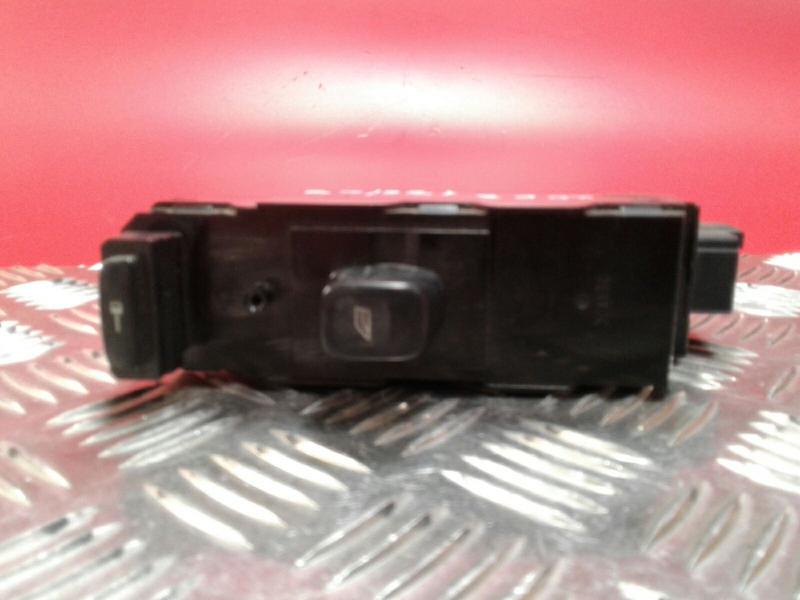 Interruptor / Botoes NISSAN NV200 / EVALIA Autocarro | 10 -
