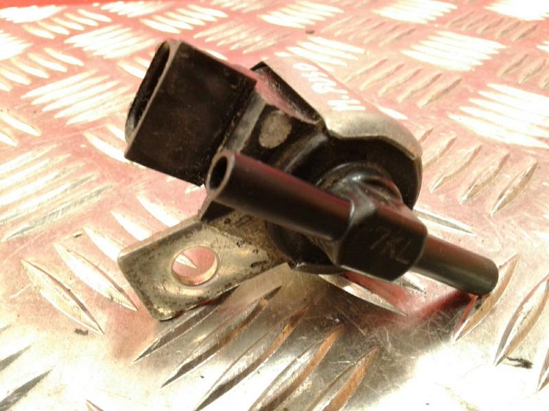 Valvula MITSUBISHI CANTER Camião de plataforma/chassis (FB_, FE_, FG_) | 01 -