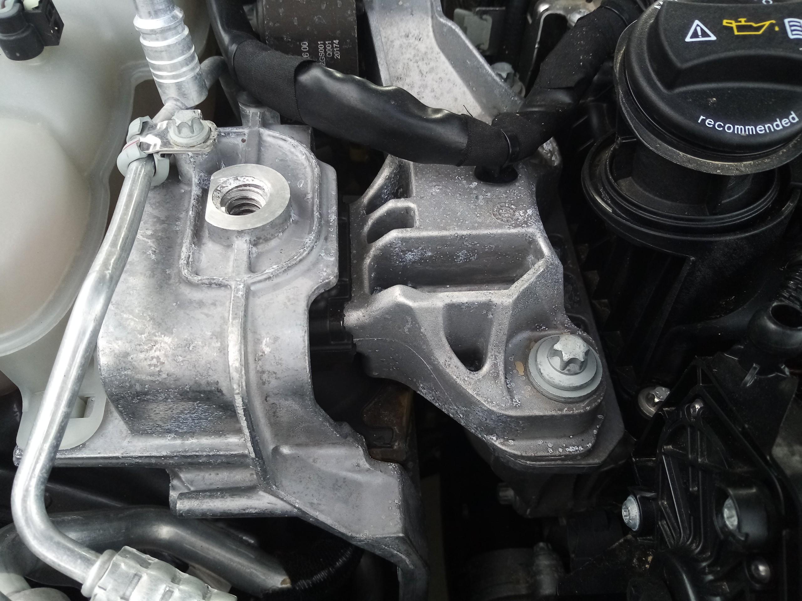 Apoio de Motor (20215701).