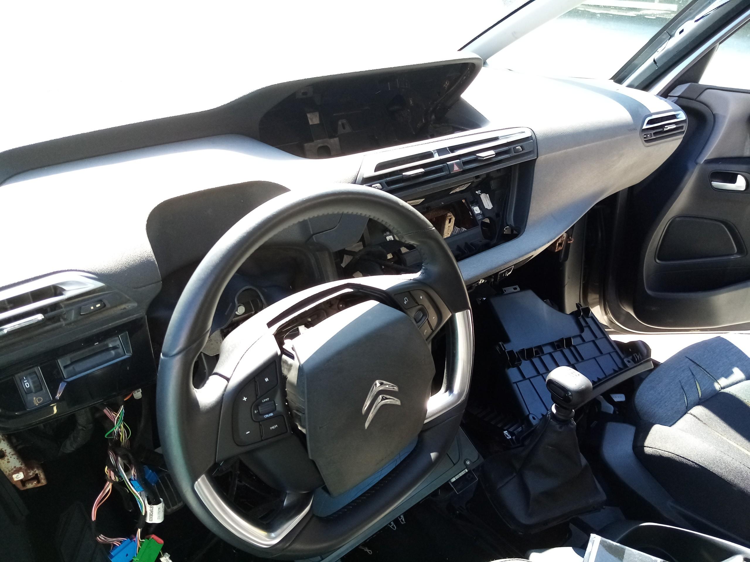 Frente completa com Kit de Airbag (20216068).