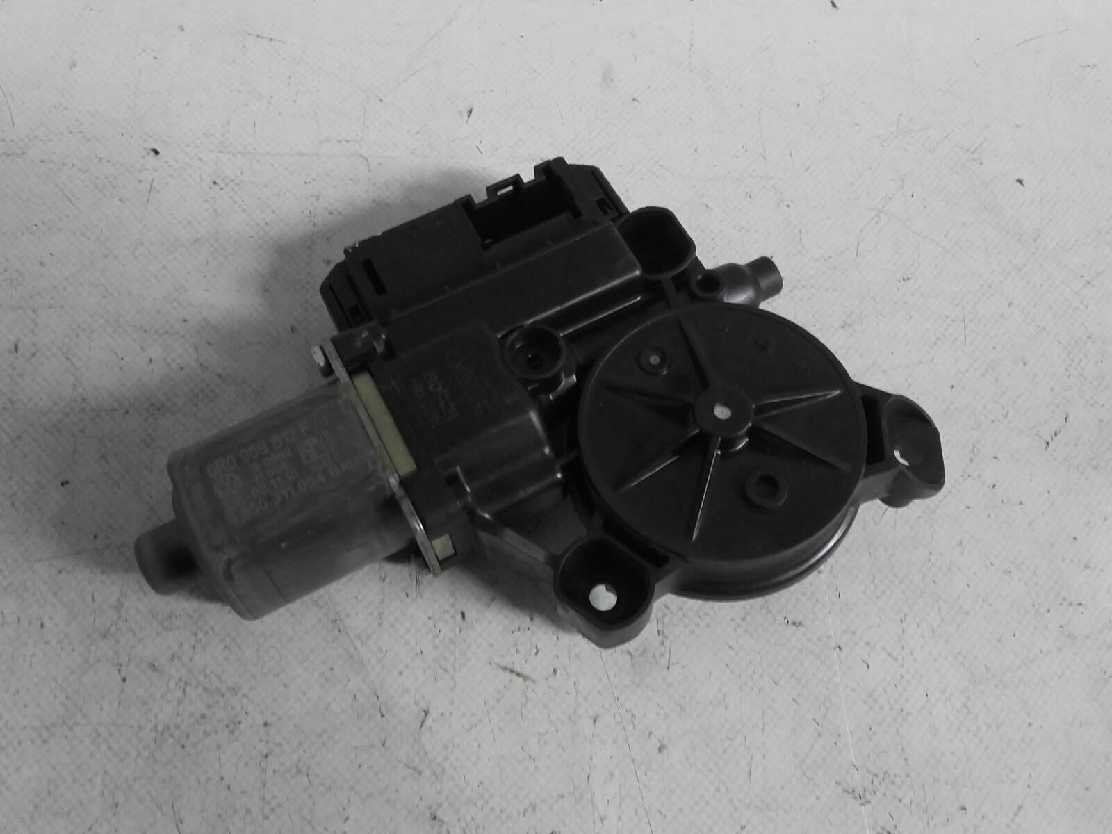 Motor Elevador Trás Direito (20202799).