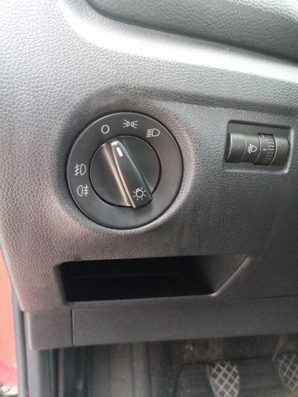 Botão Comando interruptor luzes (20213576).