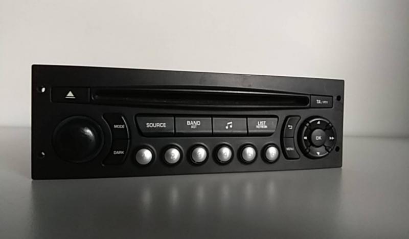 Radio (20204263).
