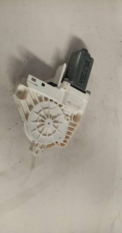 Motor Elevador Trás Direito (20205093).