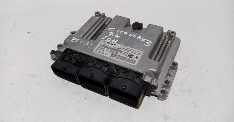 Centralina do Motor  ECU (20208423).