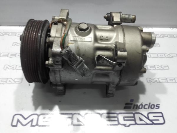 Compressor do Ar condicionado (127406).
