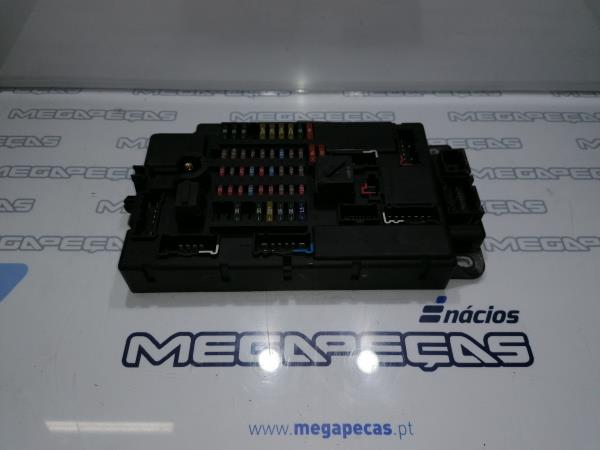 Caixa Fusíveis / BSM (136683).