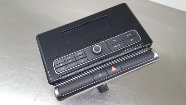 Auto Rádio (20296417).