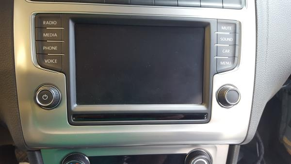 Auto Rádio (20300537).