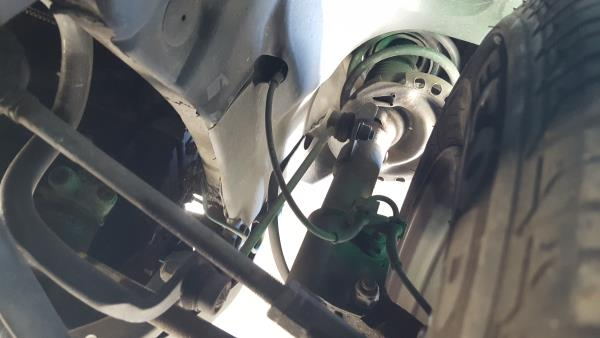 Right Front Shock Absorver