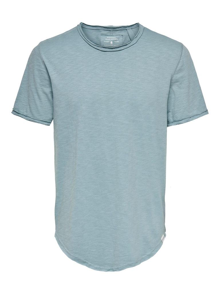 Langes geschnittenes T-Shirts