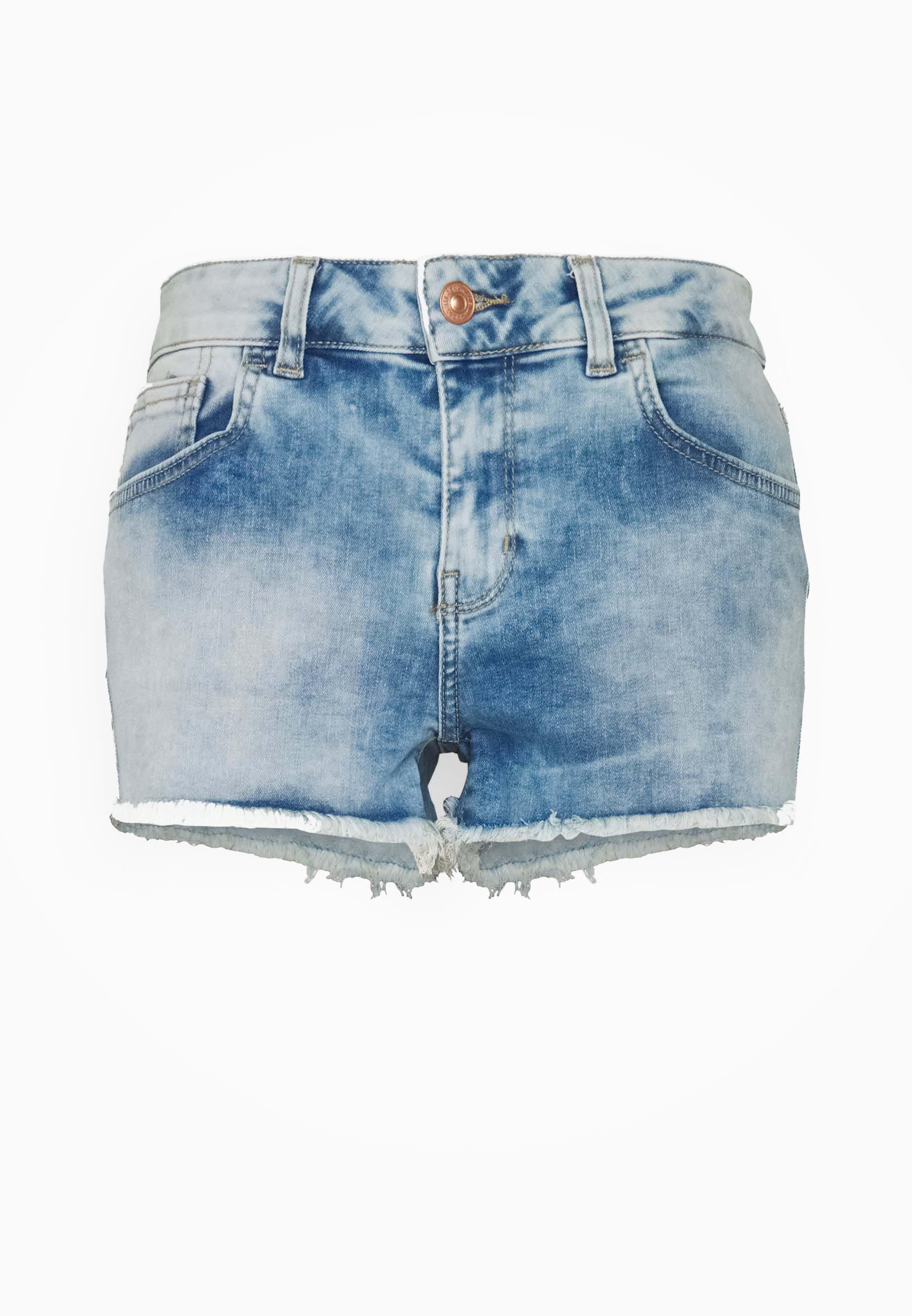 """Denim Shorts """"Pamela Noelle"""""""