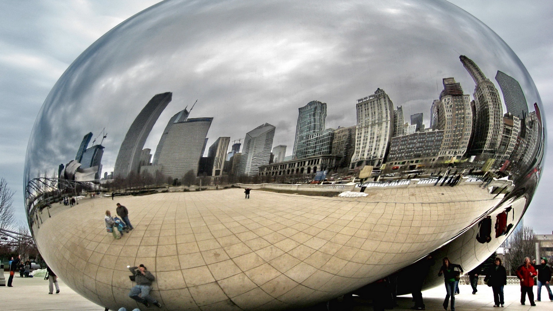 mirror people city tourists reflection chicago x