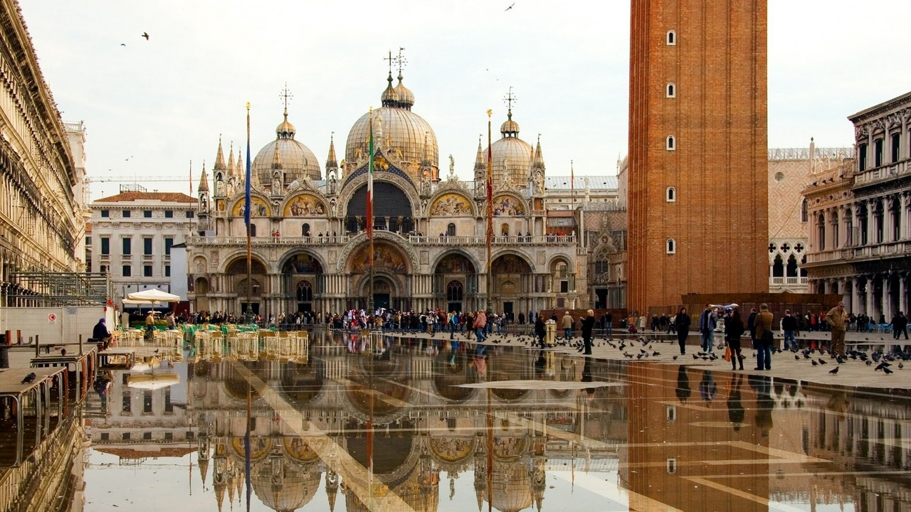 venice piazza san marco st marks basilica x