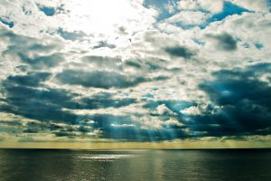 clouds sea beams sun light colors Hd Wallpaper
