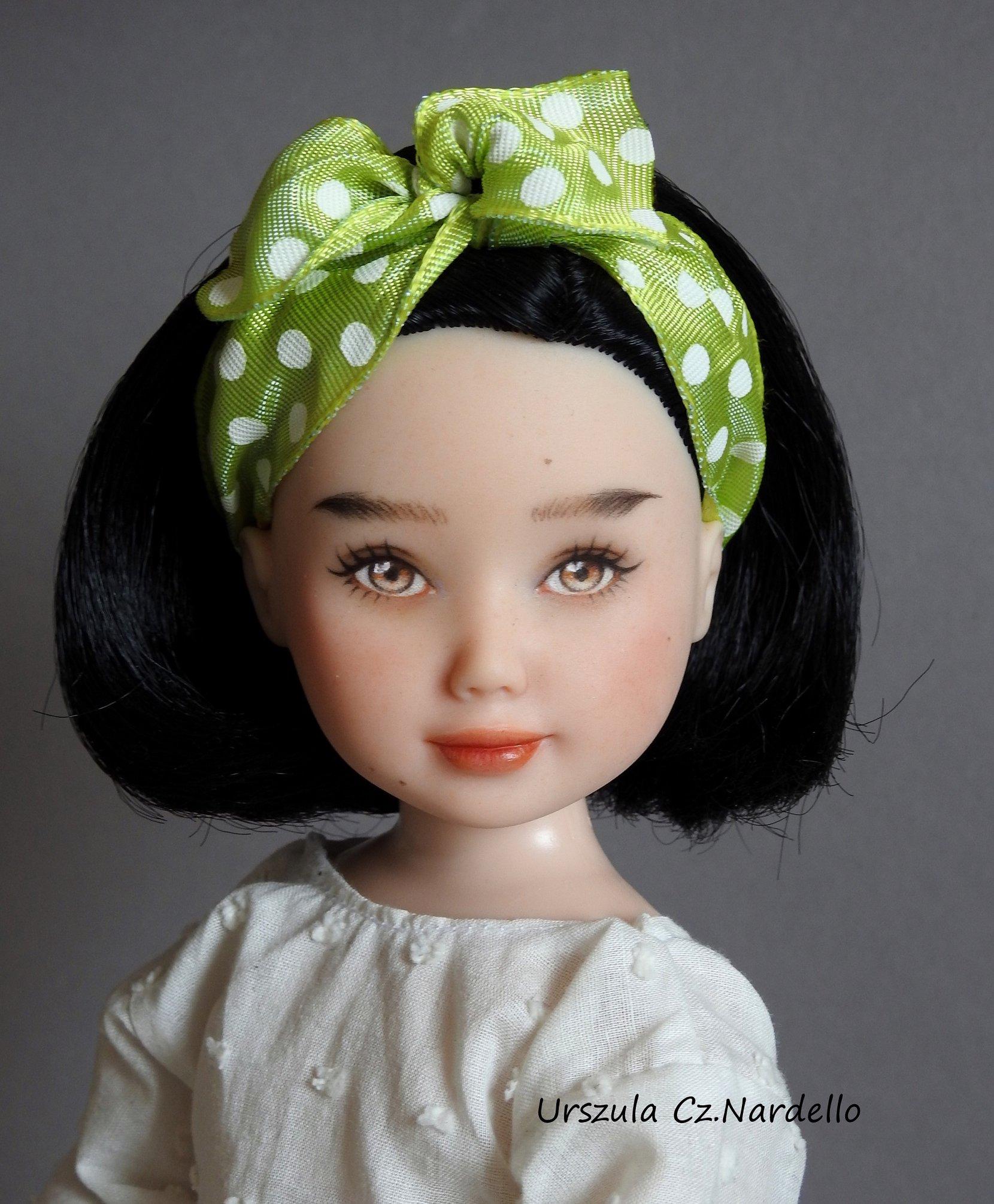 snow white-jolina ooak doll art painting